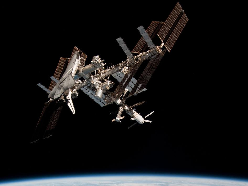 space shuttle to iss - photo #6