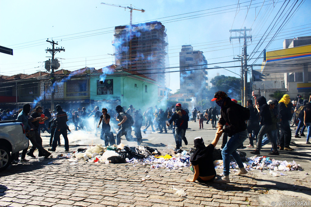 People in São Paulo clash with police in protests in June 2014 (Victor Prat/Flickr Creative Commons)