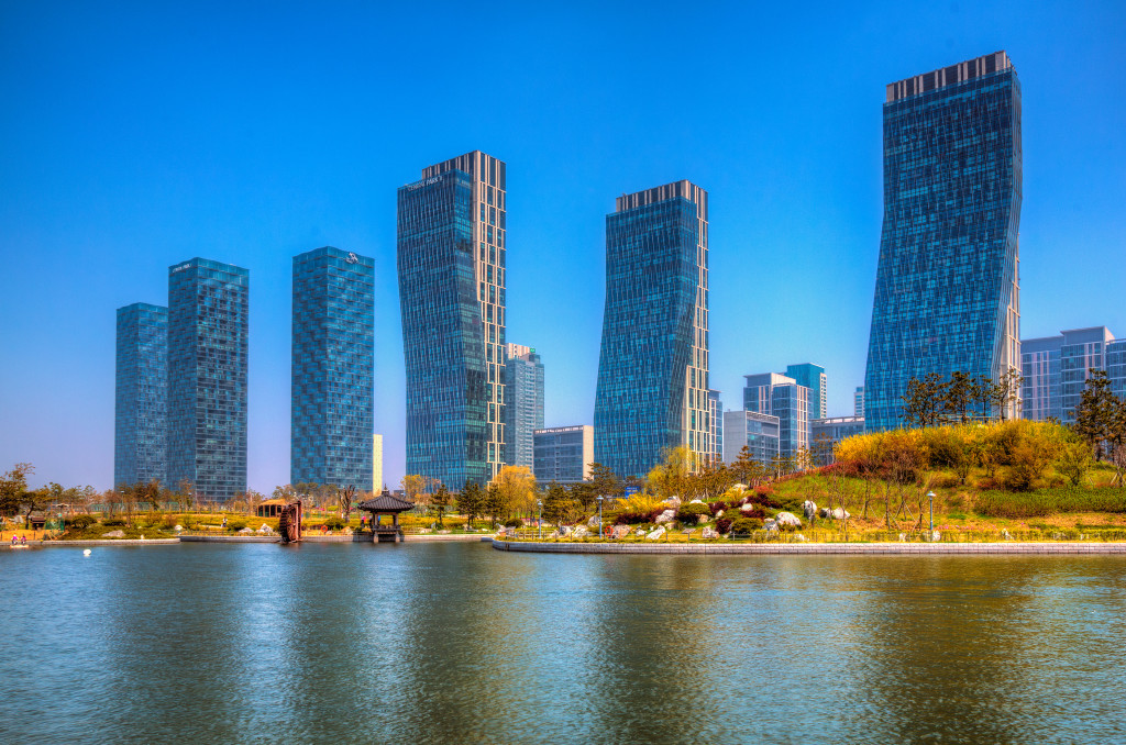 A view of commercial and residential buildings near Songdo's Central Park. May 5, 2014. (Baron Reznik/Flickr Creative Commons).