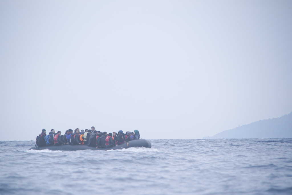 Refugees crossing the Mediterranean between Turkey and the Greek island Lesbos, 29th of January 2016. (Chernov Mstyslav/Wikimedia Commons)