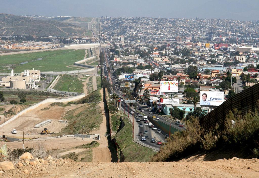 The San Diego–Tijuana border. March 12, 2007. (Gordon Hyde/Wikimedia Commons)