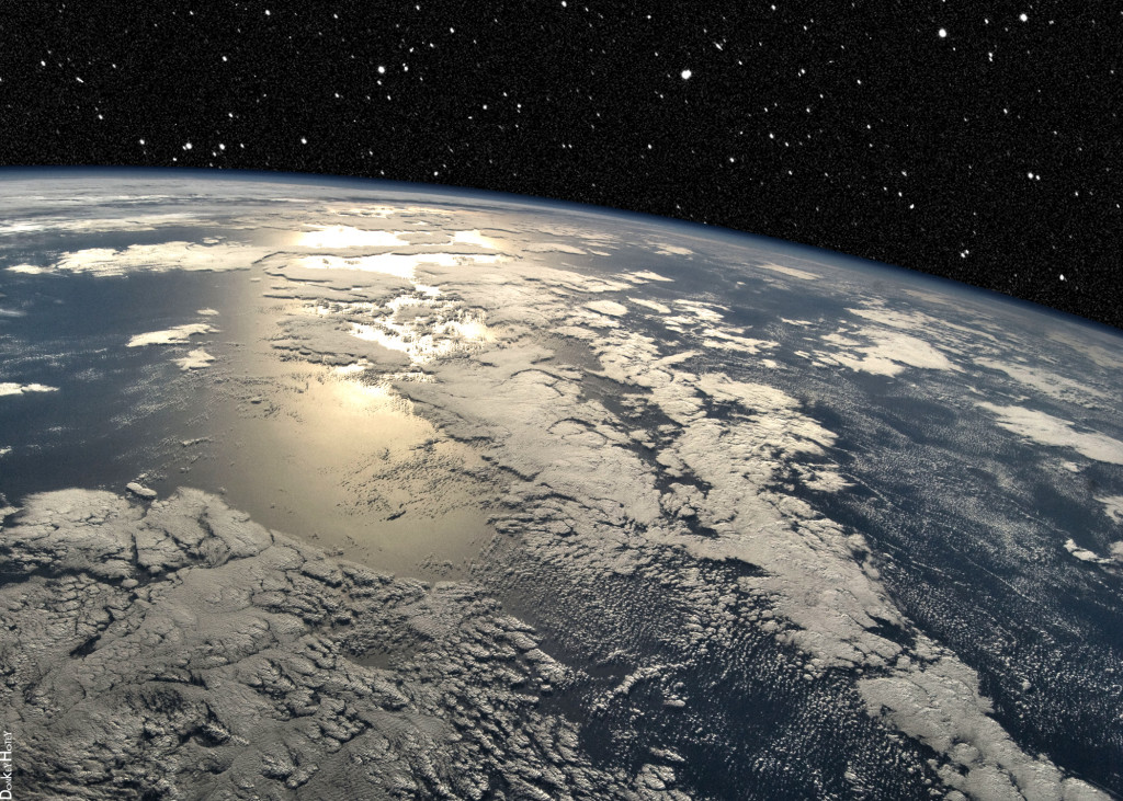 A view of the Earth's horizon from orbit. (Flickr Creative Commons - NASA/JPL) .