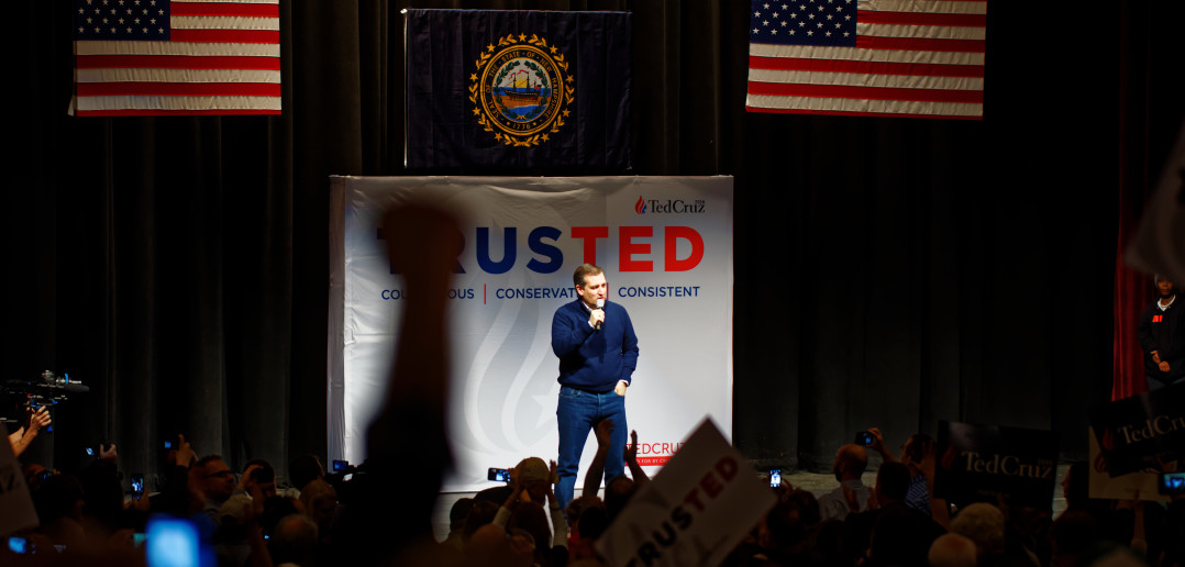 Senator_of_Texas_Ted_Cruz_at_Kuhner_Town_Hall_in_New_Hampshire_on_February_3rd,_2016_by_Michael_Vadon_02